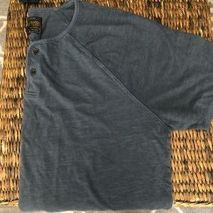 """LUCKY BRAND """"Washed & Worn Look"""" T-Shirt Men's"""